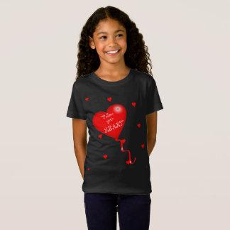 T-Shirt Suivez votre pièce en t de filles de coeur
