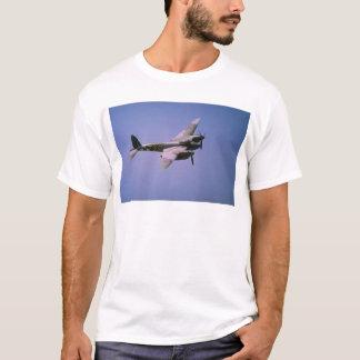 """T-shirt T-3 de """"moustique"""" de Havilland DH-98, en vol à la"""