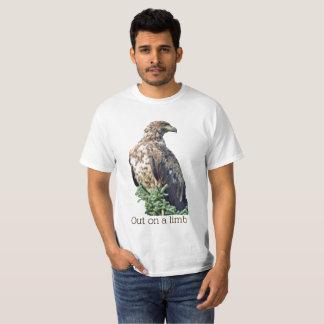 """T-shirt """"T-shirt d'aigle sur membre"""""""