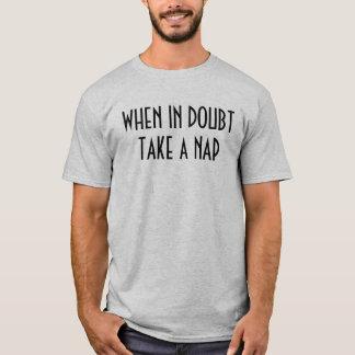 """T-shirt """"T-shirt prenez en cas de doute petit somme"""""""