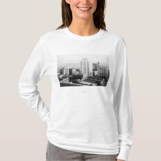 T-shirt Tacoma, vue d'horizon de WA d'hôtel de Winthrop