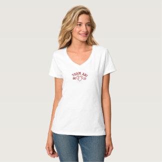 T-shirt Team le coeur V du base-ball des femmes d'Ari -