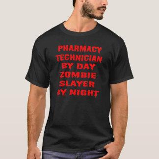 T-shirt Technicien de pharmacie par le tueur de zombi de