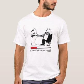 T-shirt Téléchargement en cours