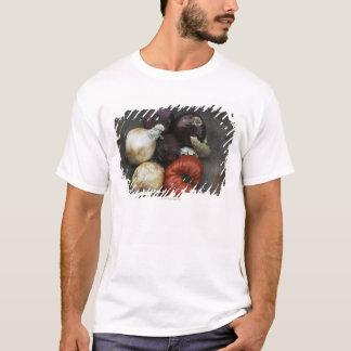 T-shirt Tomate d'héritage, oignon jaune, oignon rouge,