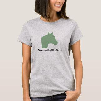 T-shirt Tours bien avec d'autres