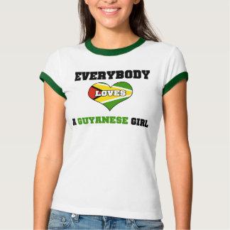 T-shirt Tout le monde aime une fille guyanaise