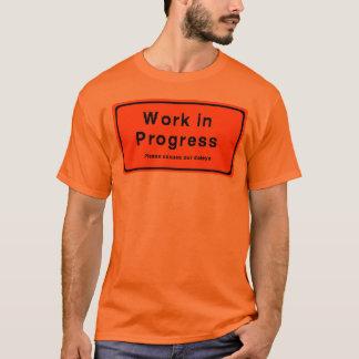T-shirt Travail en cours