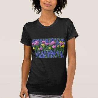T-shirt Tulipes et jardin de jacinthes des bois