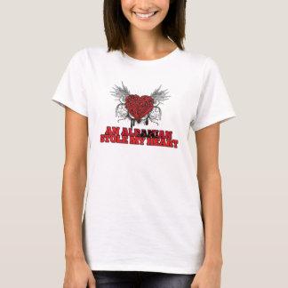 T-shirt Un Albanais a volé mon coeur