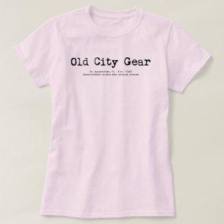 T-shirt Un cousin plus âgé et plus frais de Jamestown - St