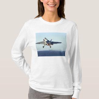 T-shirt Un frelon de F/A-18C lance du poste de pilotage