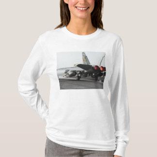 T-shirt Un frelon de F/A-18C lance du poste de pilotage 2