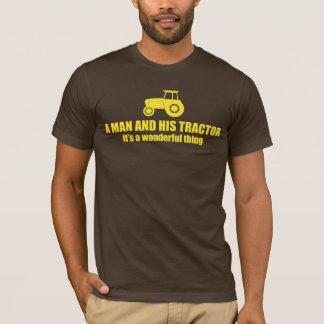T-shirt un homme et son tracteur, c'est une chose
