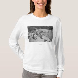 T-shirt Un jour typique à la plage sablonneuse Monte Rio,