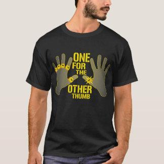 T-shirt Un pour l'autre pouce ! La chemise des femmes