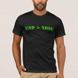 T-shirt UND plus grand que NDSU
