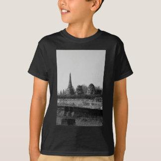 T-shirt Une image noire et blanche d'un vieux temple