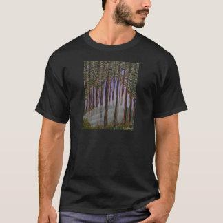 T-shirt Une vue de forêt ; lumière du soleil par les