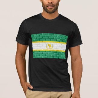 T-shirt Union africaine peinte sur des briques