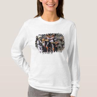 T-shirt UNIONDALE, NY - 3 JUIN :  Steven Holmes #8 et