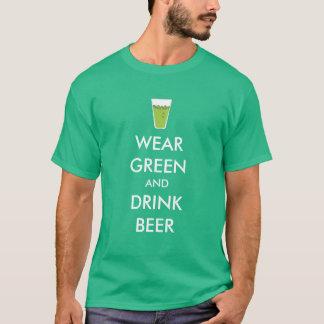 T-shirt Usage vert et pinte personnalisable de bière de