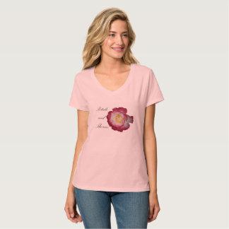 T-shirt V-cou de pétales et d'épines