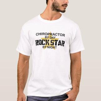 T-shirt Vedette du rock de chiroprakteur par nuit
