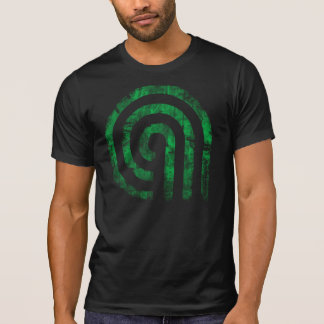 T-shirt vert détruit par esthète