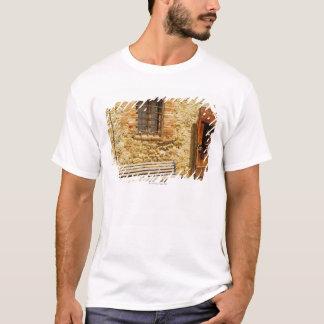 T-shirt Videz le banc devant un mur, Monteriggioni,