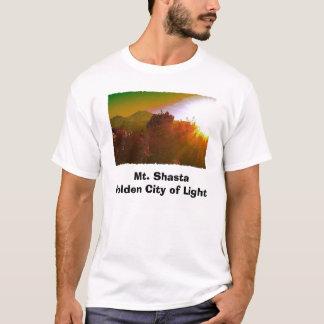 T-shirt Ville d'or de Mt. Shasta de lumière