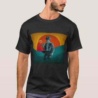 T-shirt vintage de noir de tabagisme d'homme