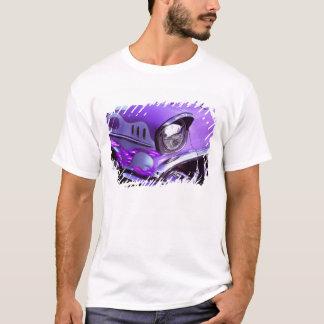 T-shirt Voiture classique : Chevrolet avec le capot
