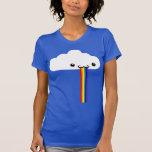 T-shirt vomissant de nuage d'arc-en-ciel