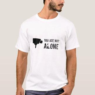 T-shirt Vous n'êtes pas seuls - remarquez la télévision en