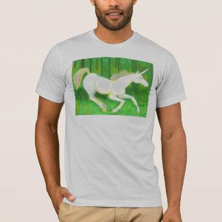 T-shirt Vraie licorne dans une chemise de forêt