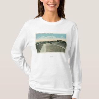 T-shirt Vue creuse de chaussée de pont de Traver