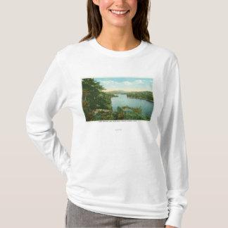 T-shirt Vue de lac inférieur Saranac d'île de bluff