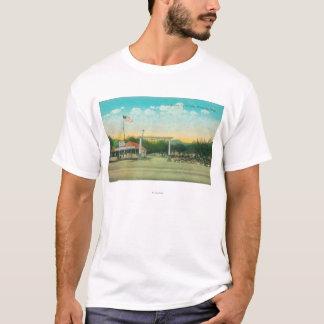 T-shirt Vue de l'entrée automatique de camp d'avenue