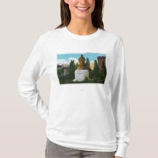 T-shirt Vue de statue de Nathaniel Hawthorne