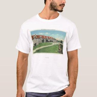 T-shirt Vue des casernes de sud du drapeau