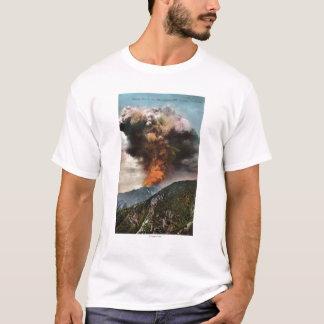 T-shirt Vue d'incendie de forêt en montagnes