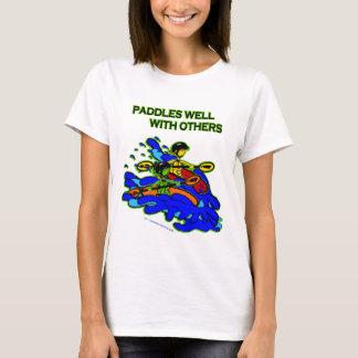 T-shirt Whitewater barbote bien avec d'autres