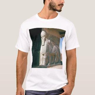 T-shirt Winged humain-a dirigé le taureau, période