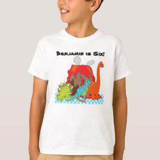 T-shirts de coutume d'anniversaire de dinosaure de