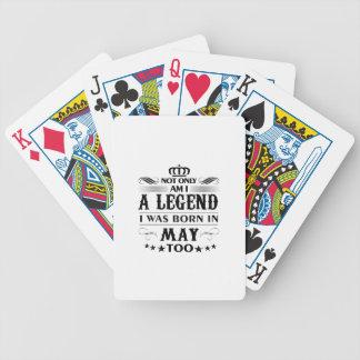 T-shirts de légendes de mois de mai jeu de cartes
