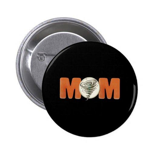 T-shirts et cadeaux blancs de tornade pour la mama badge avec épingle
