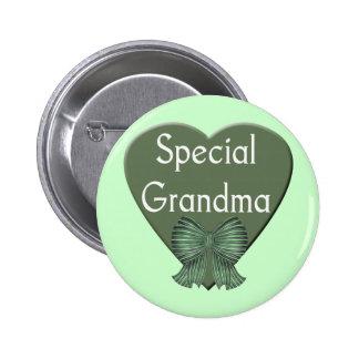 T-shirts et cadeaux spéciaux de grand-maman pour e pin's avec agrafe