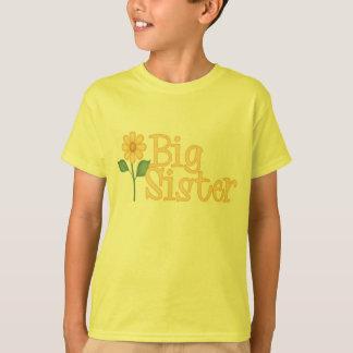 T-shirts jaune de grande soeur de marguerite