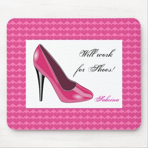 Talon haut et tapis de souris roses de coeurs zazzle for Surface minimum bureau code du travail